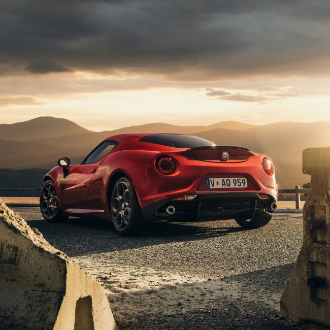 alfa_romeo_4c_launch_edition_red